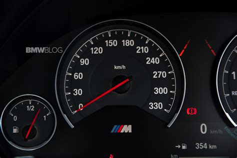 BMW M4 - 0-291 km/h Launch Control Acceleration & Top Speed